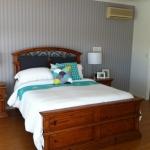 wallpaper hanging Montery Keys, Gold Coast
