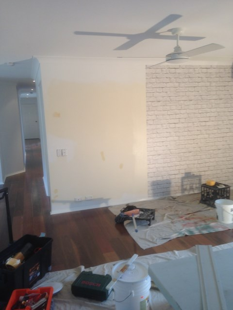 White Brick Wallpaper wall before