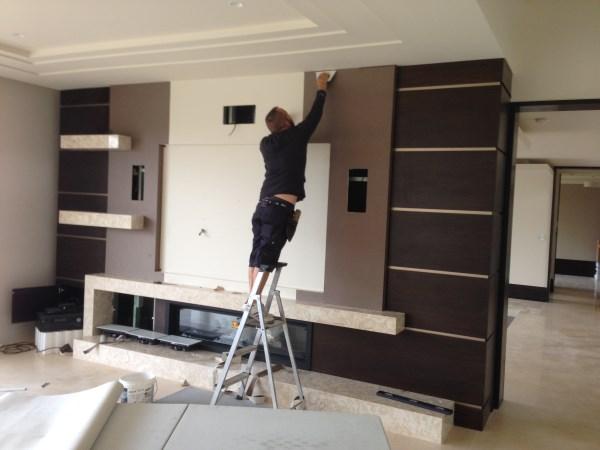 wallpaper installation to tv unit