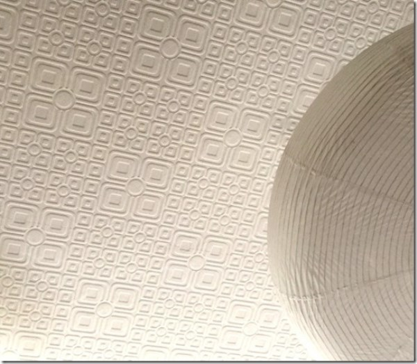 finished ceiling in Anaglypta wallpaper