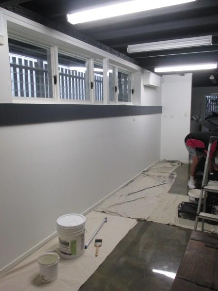 wall before installing brick wallpaper