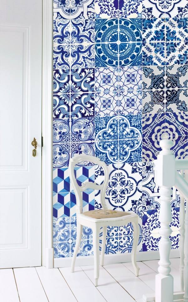 Tile wallpaper just like the real thing for Wallpaper esta home