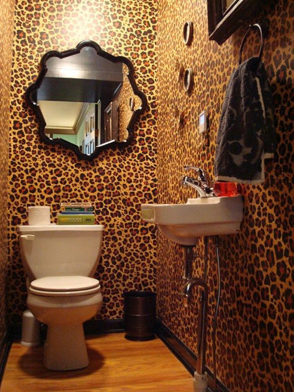 Leopard Print Wallpaper - Take A Walk On The Wild Side