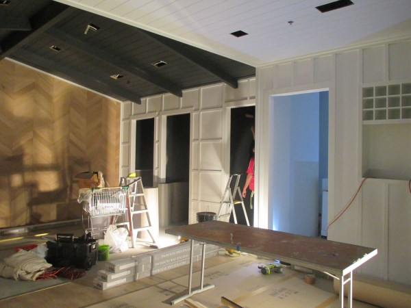 Indooroopilly Shopping Centre Wallpaper Installation
