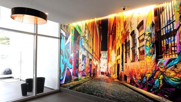 Synergy Apartments Gold Coast - lobby wallpaper