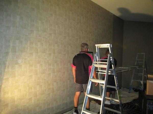 commercial wallpaper installation in Gold Coast Tavern
